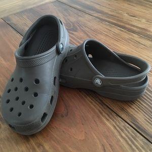 Crocs Classic *mismatched* Unisex M6 W8 Sandals